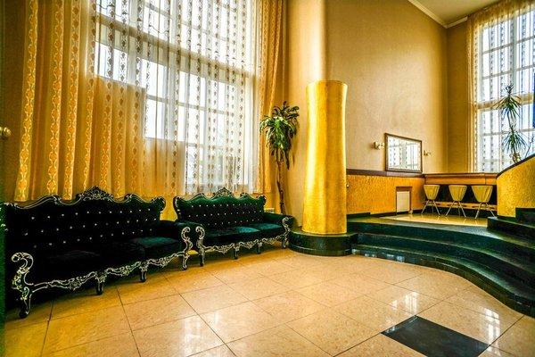 Гостиница «Royal Drozd», Дроздово