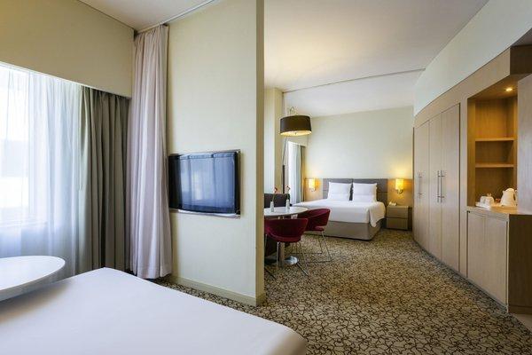Novotel Suites Dubai Mall of the Emirates - фото 1