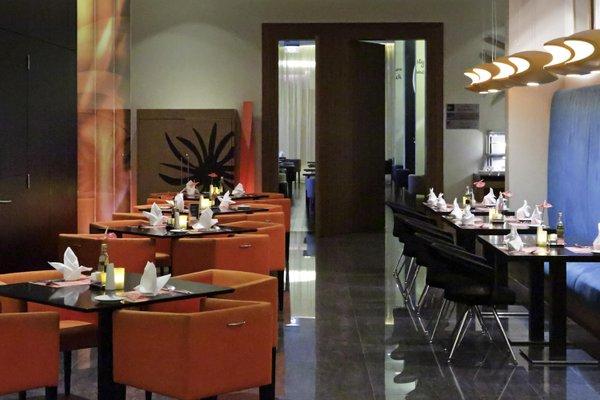 Novotel Suites Dubai Mall of the Emirates - фото 14