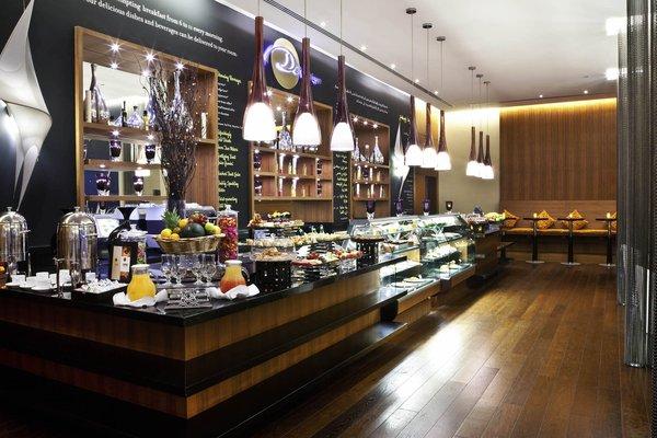 Novotel Suites Dubai Mall of the Emirates - фото 8