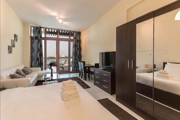 Yanjoon Holiday Homes - Palm Views Apartments - фото 12