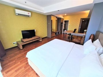Nexus Regency Suites