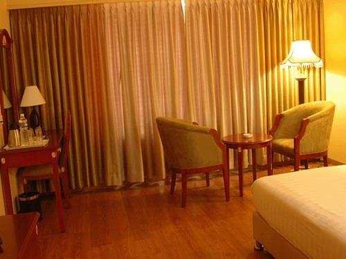Hotel Krishna Palace - фото 0