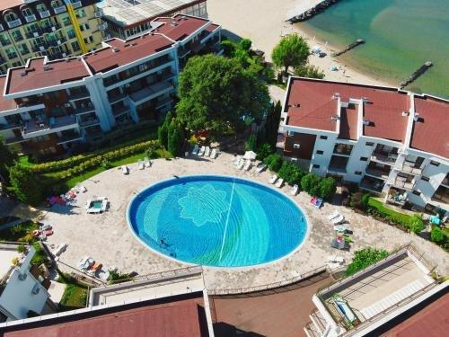 Messambria Fort Noks Beach Apartments - фото 10