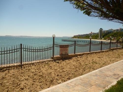 Messambria Fort Noks Beach Apartments - фото 2