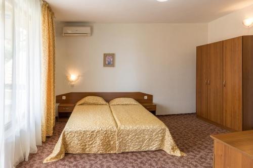 Hotel Genada - фото 3