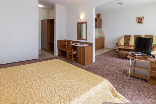 Hotel Genada - фото 7