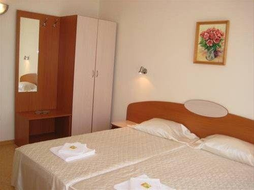 HOTEL TANITA - фото 1