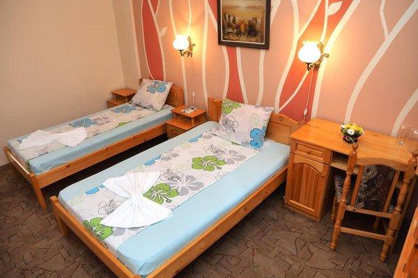Family Hotel Tangra - фото 5