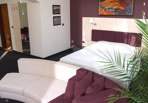 Hotel Anna-Kristina - фото 1