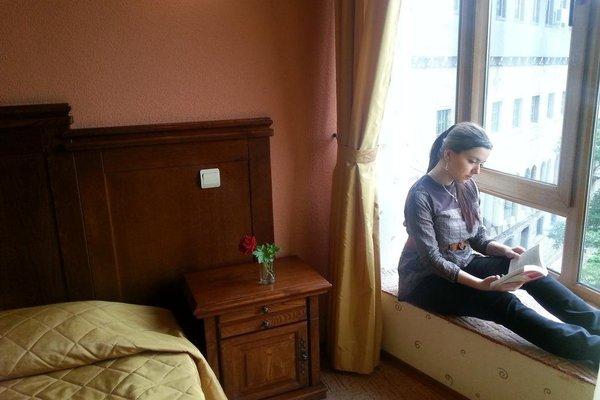 Отель Боляри - фото 2