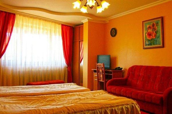 Family Hotel Silvestar - фото 1