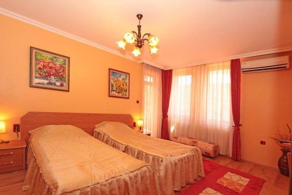 Family Hotel Silvestar - фото 2