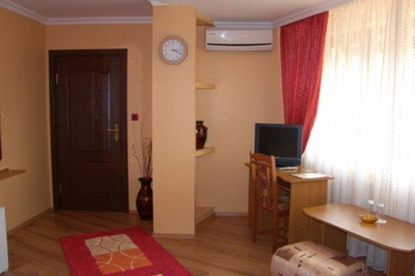 Family Hotel Silvestar - фото 4