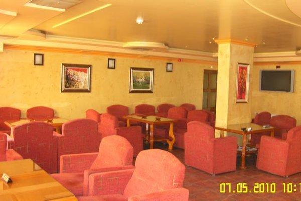 Family Hotel Silvestar - фото 8