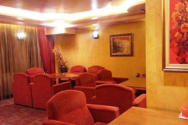 Family Hotel Silvestar - фото 9