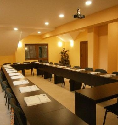 Bryasta Hotel & Restaurant - фото 14