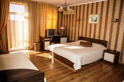 Отель Търнава - фото 1