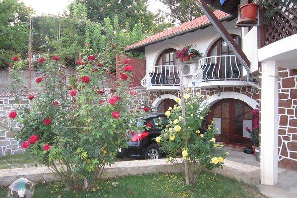The Beautiful House - фото 22