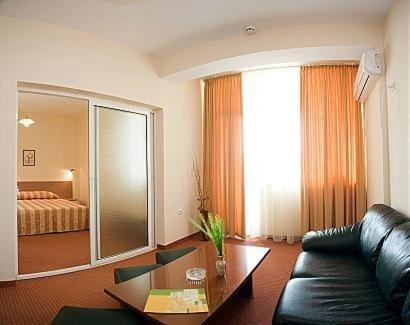 Park Hotel Persey - фото 2
