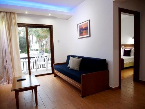 Loutsiana II Apartments Annex - фото 3
