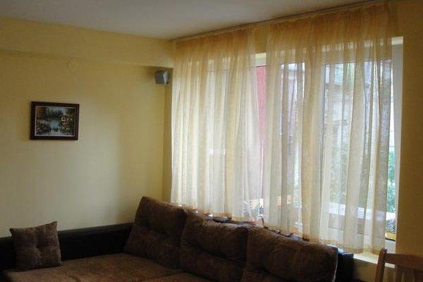 FAMILY HOUSE - фото 0