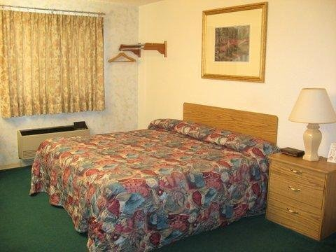 Photo of Glacier Gateway Inn