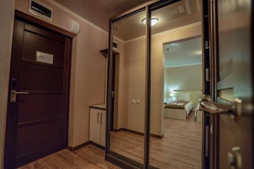 Отель Green Wood - фото 10