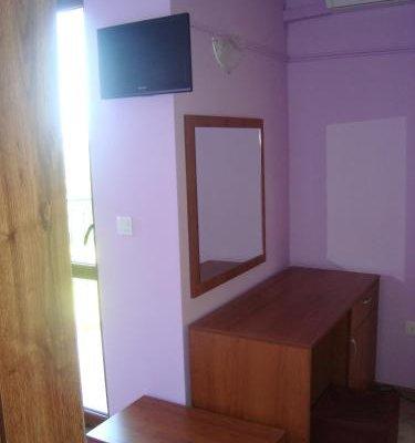 Villa Mari Guest Rooms - фото 11
