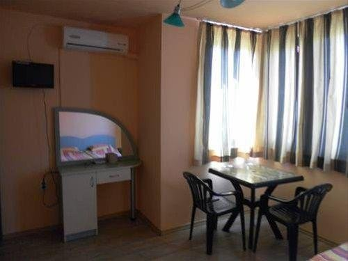 Villa Mari Guest Rooms - фото 6