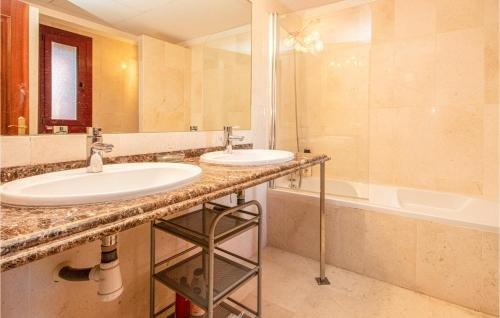 Apartment Casares Malaga with Sea View 08 - фото 18