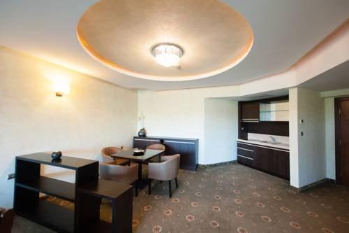 Парк-Отель Изида - фото 9