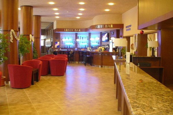 Family Hotel Harizma - фото 6