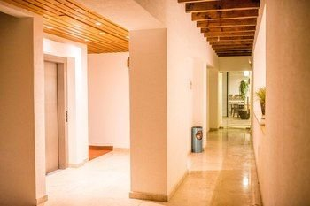 Hotel Casa Cayala Business Class - фото 15