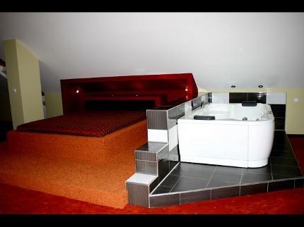 Отель «CORNER», Брестовица