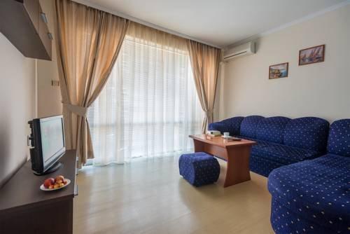 AMON RA HOTEL - фото 1