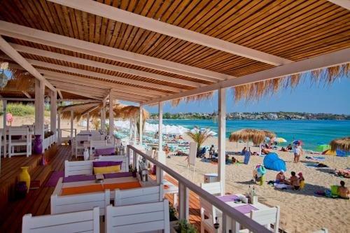 Green Life Beach Resort - фото 17