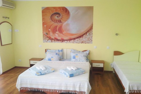 Aquamarine Hotel - фото 10