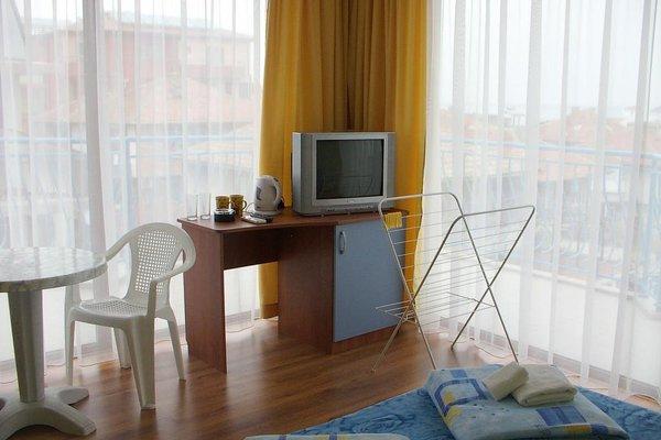 Aquamarine Hotel - фото 7