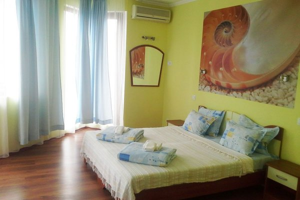 Aquamarine Hotel - фото 9