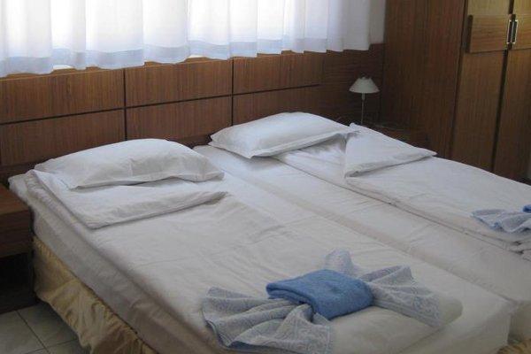 Family Hotel Mariana - фото 1