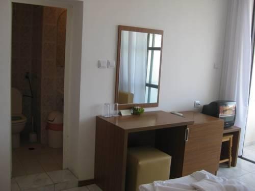 Family Hotel Mariana - фото 10