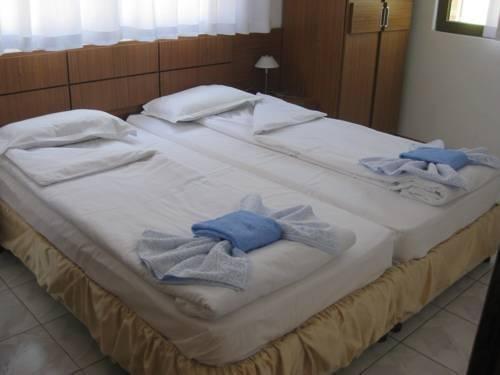 Family Hotel Mariana - фото 4