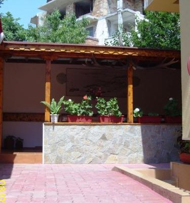 Andonov Guest House - фото 22