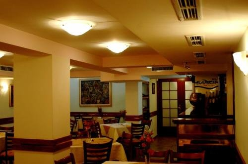 Hotel Zenith - фото 10