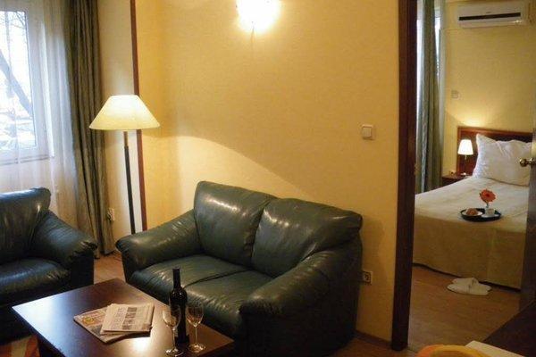 Hotel Zenith - фото 8