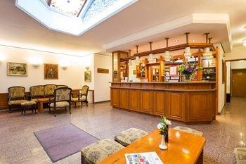 Geneva Hotel - фото 19