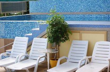 АТМ Сентър Отель - фото 7