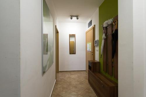 City Apartment - фото 16