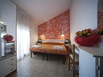 Hotel Luciana - фото 2